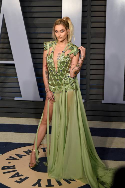 Paris Jackson seducente agli Oscar 2018 9