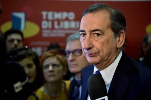 """Salvini boccia il sindaco: """"Sei moschee in città? Non sono una priorità"""""""