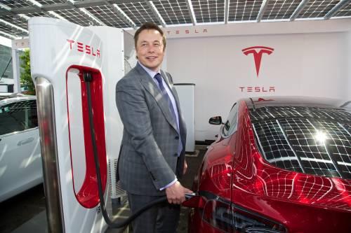 Musk raccoglie 112 milioni per finanziare la compagnia  che creerà i tunnel del supertreno