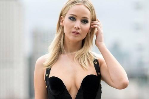 Jennifer Lawrence, immagini sexy 9