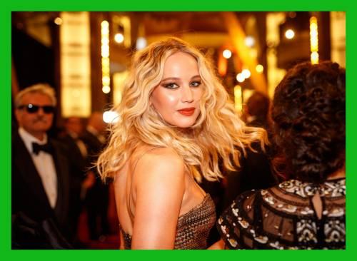 Jennifer Lawrence, immagini sexy 13