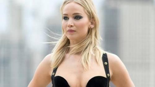 Jennifer Lawrence, immagini sexy 2