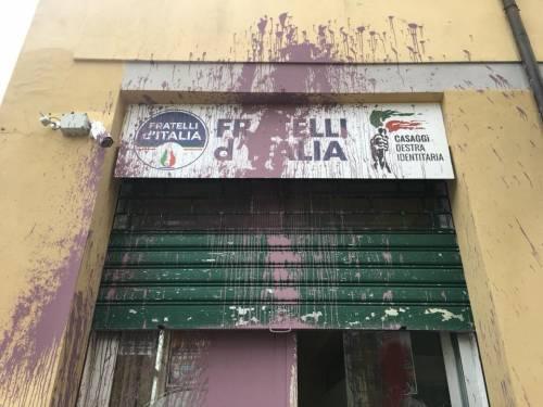 Imbrattata la sede di Casaggì a Firenze 3