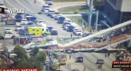 Miami, crolla ponte pedonale sulle auto 3