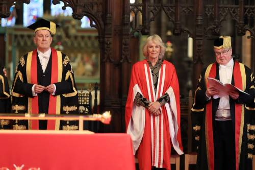 Camilla Parker Bowles, dottorato honoris causa 6