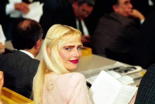 """Ilona Staller contro Di Maio: """"Con un governo così me ne vado"""""""