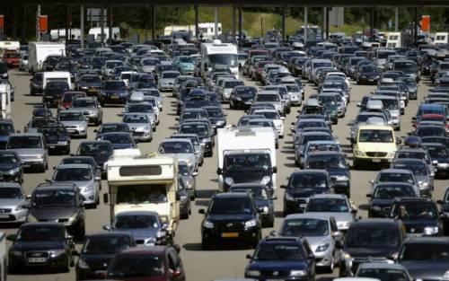 Auto ancora in tilt: -6,3%. Pesano crisi e diesel