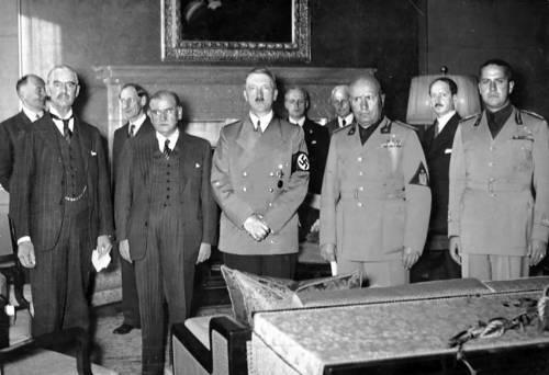 Germania, arriva la festa di compleanno per Adolf Hitler