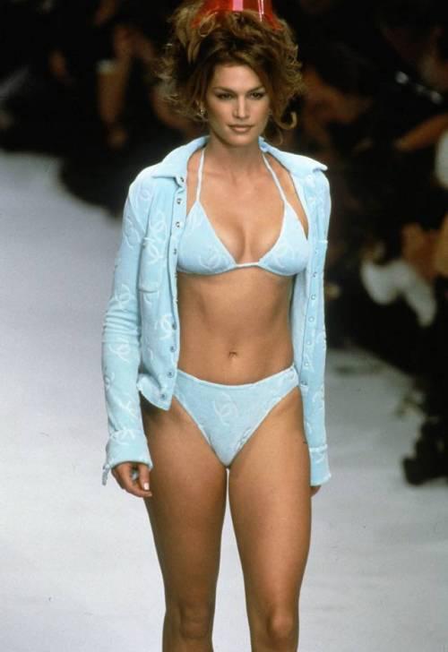 Cindy Crawford, le foto della sexy modella 9