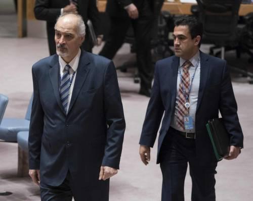 """Siria, Mosca e Damasco accusano: """"Servizi stranieri dietro l'attacco a Douma"""""""