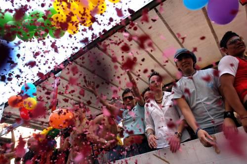 Il Comune finanzia il Gay pride, scoppia la polemica a Salerno
