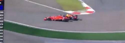 Formula Uno, Verstappen tampona Vettel e rovina la gara