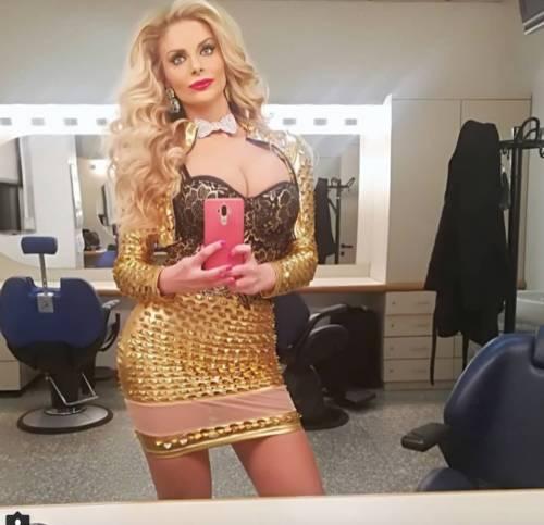 Francesca Cipriani sexy su Instagram 4