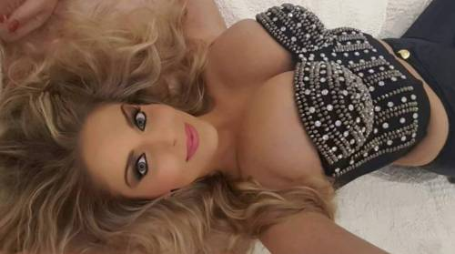 Francesca Cipriani sexy su Instagram 18