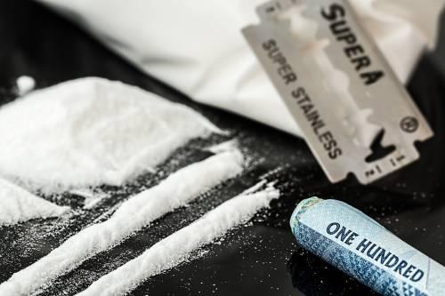 Cocaina nella bambola: fermata coppia di anziani
