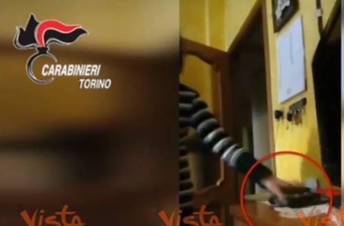 Torino, medico di base ruba in casa del paziente