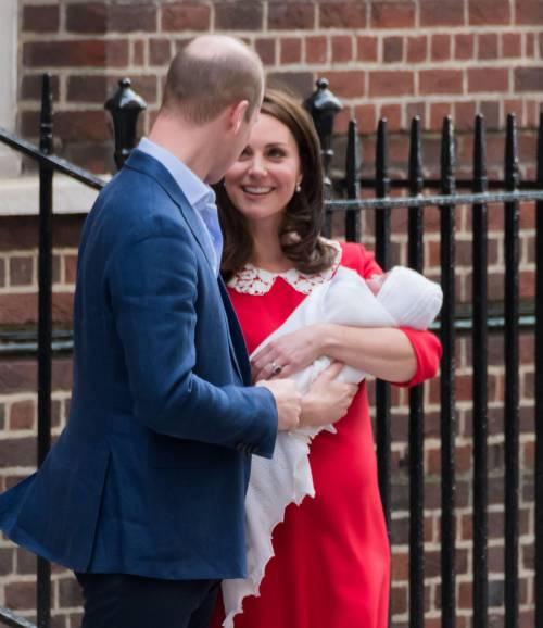 Kate Middleton e il Principe William col Royal Baby 5