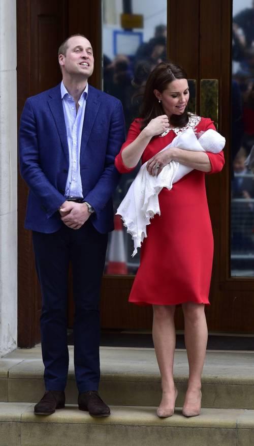 Kate Middleton e il Principe William col Royal Baby 14