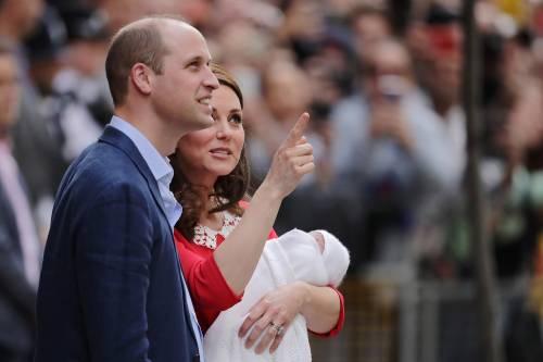Kate Middleton e il Principe William col Royal Baby 15