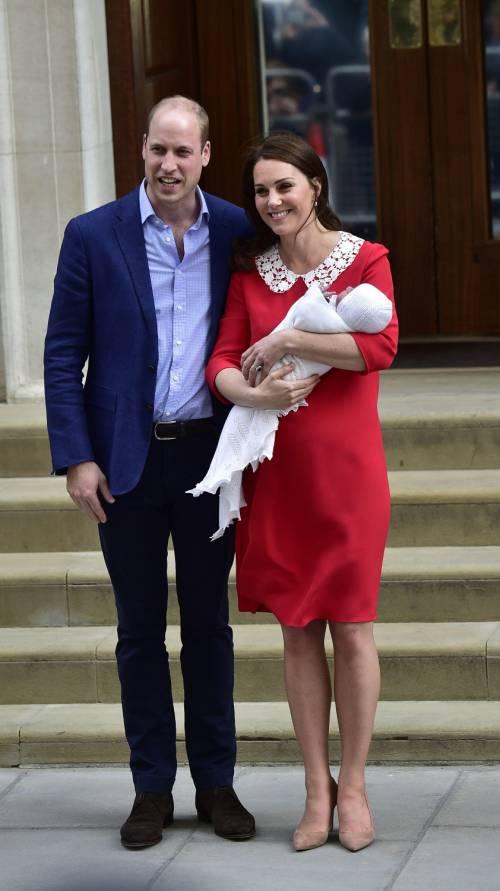 Kate Middleton e il Principe William col Royal Baby 19