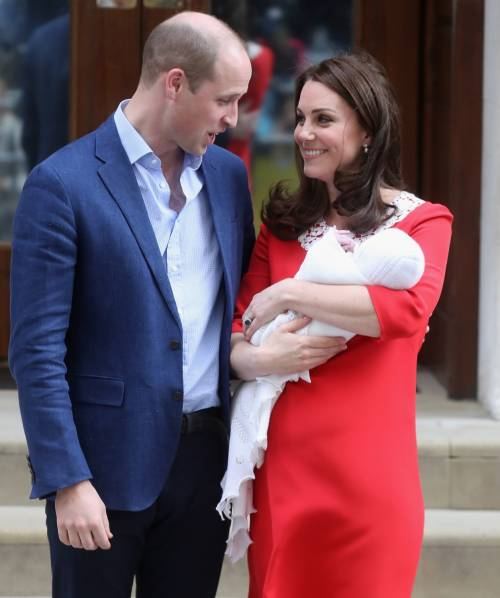 Kate Middleton e il Principe William col Royal Baby 4