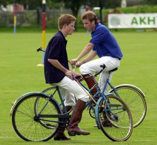Il Principe William sarà testimone per Harry 5