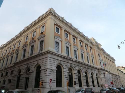 Il Ministero deve risarcire un bidello di Salerno, precario a 66 anni