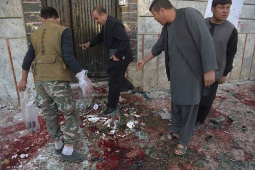 Attentato al centro di registrazione a Kabul 8