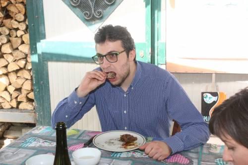 Il sindaco del cremonese mangia una nutria 7