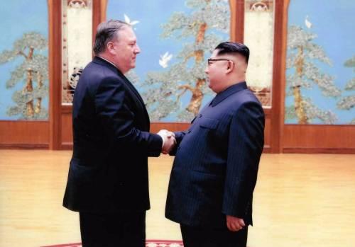 Corea, chi sono i tre americani liberati da Mike Pompeo