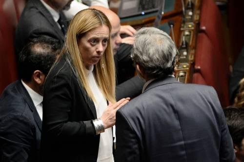 """Giorgia Meloni: """"Salvini come un generale e si consegna al nemico"""""""