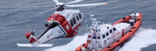 Svolta sui migranti La guardia costiera chiude alle Ong: «Non chiamateci più»