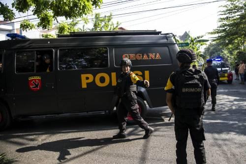 Indonesia, domenica di sangue nelle chiese 8