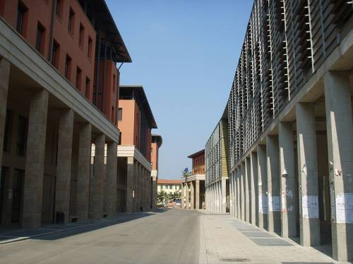 "Firenze, sputi e schiaffi: ""Collettivi fratturano sterno a studente di destra"""