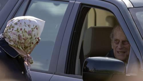 Principe Filippo in auto per l'Horse Show 9