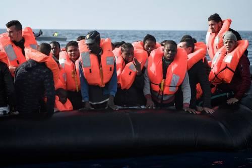 Il doppio standard sui migranti. Perché l'Italia ha le mani legate