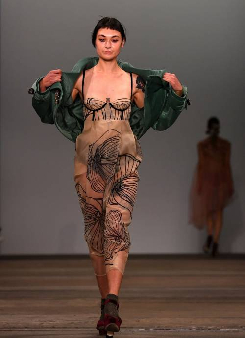 Fashion Week Australia 2018, le modelle più sexy 19