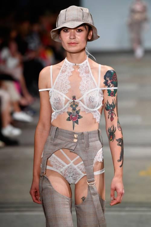 Fashion Week Australia 2018, le modelle più sexy 20