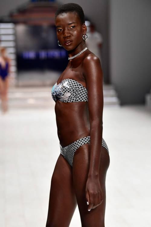 Fashion Week Australia 2018, le modelle più sexy 9