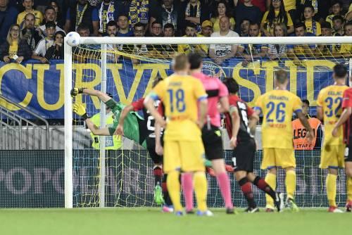 Serie A, al Frosinone multa e due gare a porte chiuse
