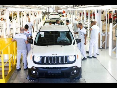"""Fca, l'Italia sarà la fabbrica """"top car"""""""