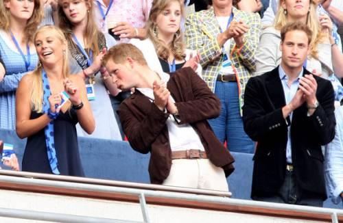 Chelsy Davy, le foto della ex del Principe Harry 8
