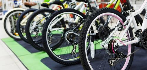 """""""Un rimborso di 25 cent per chi va a lavoro in bicicletta"""": parte il progetto a Torino"""
