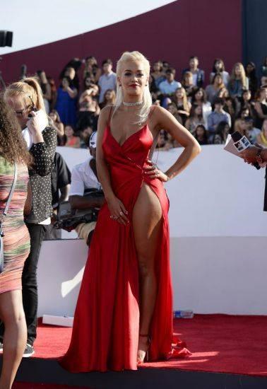 Rita Ora, sexy foto 14