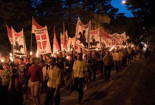 "Austria, 17 ""identitari"" indagati per associazione a delinquere e hate speech"
