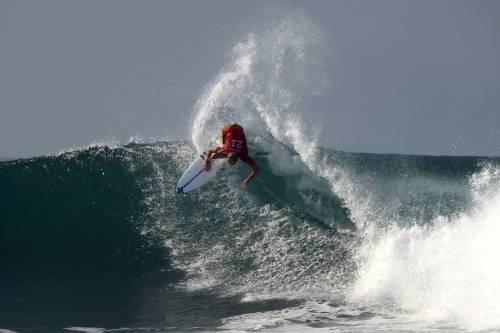 2018 World Surf League: i surfisti tra le onde