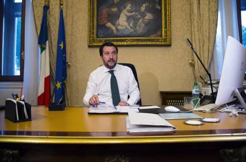 """""""Quel Paese esporta galeotti"""" Scontro tra Salvini e Tunisia"""