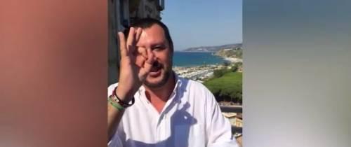 """""""Zero, per me è zero"""" Ed è scontro tra Salvini e il sindaco di Riace"""