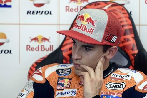 MotoGP, preparata una lapide per Marquez: quando il tifo va oltre