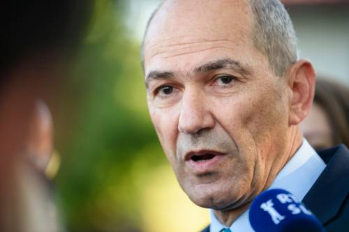 La Slovenia vira a destra: vince Jansa